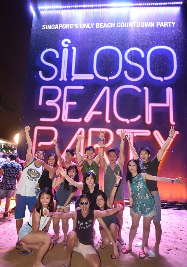 WTFSG_2016-new-year-countdown-siloso-beach-party_1