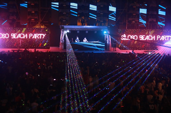 WTFSG_2016-new-year-countdown-siloso-beach-party_5