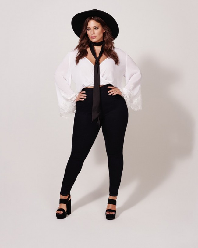 076c14a870 Ashley Graham Flaunts Her Curves in Forever 21 Swimsuit Campaign ...