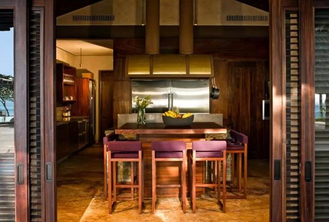 WTFSG_gwyneth-paltrow-8000-airbnb_12