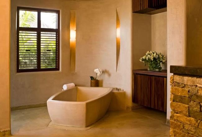WTFSG_gwyneth-paltrow-8000-airbnb_13