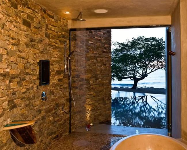 WTFSG_gwyneth-paltrow-8000-airbnb_4