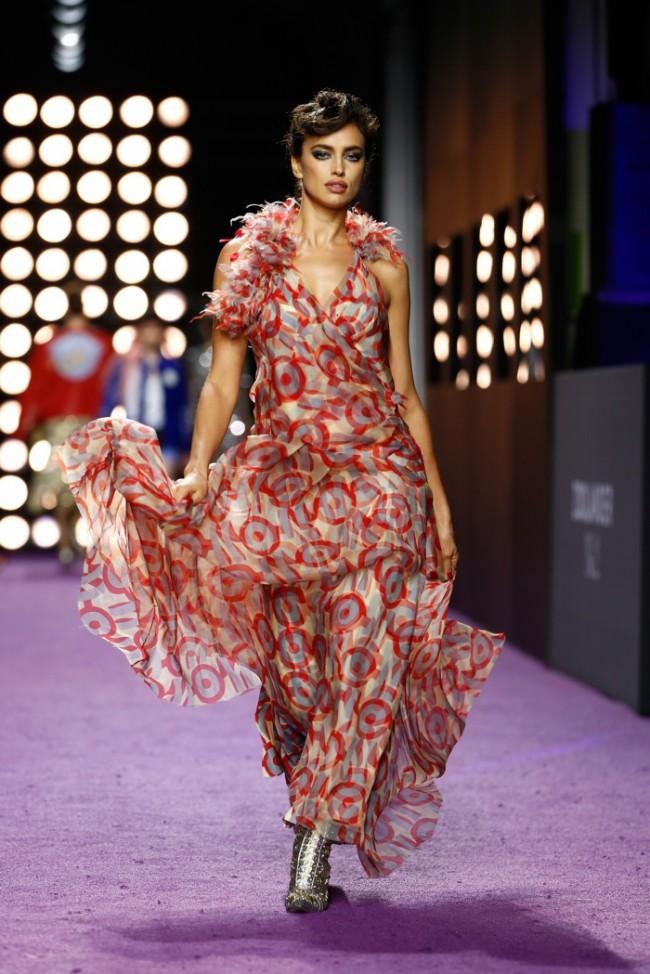 WTFSG_zoolander-2-new-york-premiere-runway_Irina-Shayk