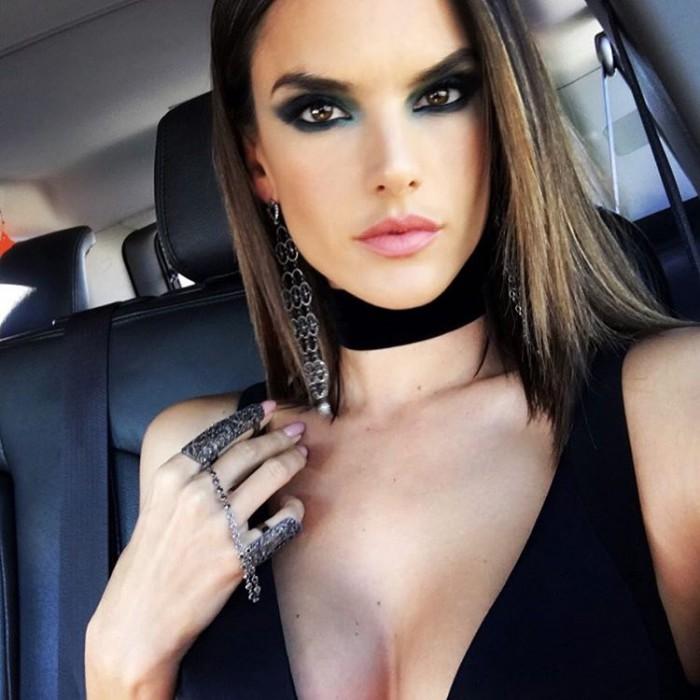 WTFSG_Alessandra-Ambrosio-2016-Grammys-Makeup