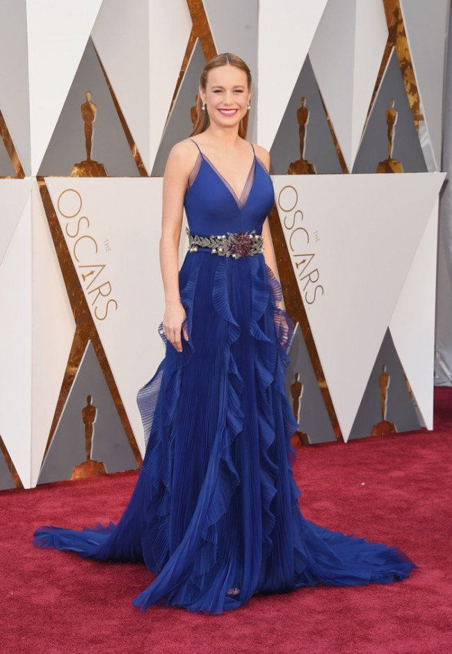 WTFSG_Brie-Larson-2016-Oscars-Blue-Gucci-Dress