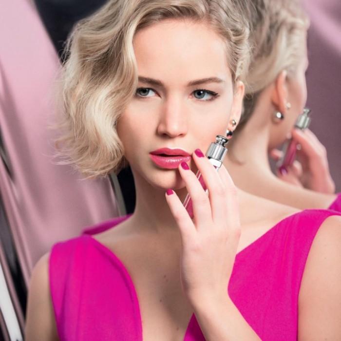 WTFSG_Jennifer-Lawrence-Dior-Addict-Lip-Gloss_3