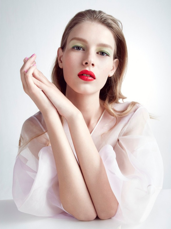 WTFSG_Sofia-Mechetner-Dior-Magazine-Spring-2016-Beauty_5