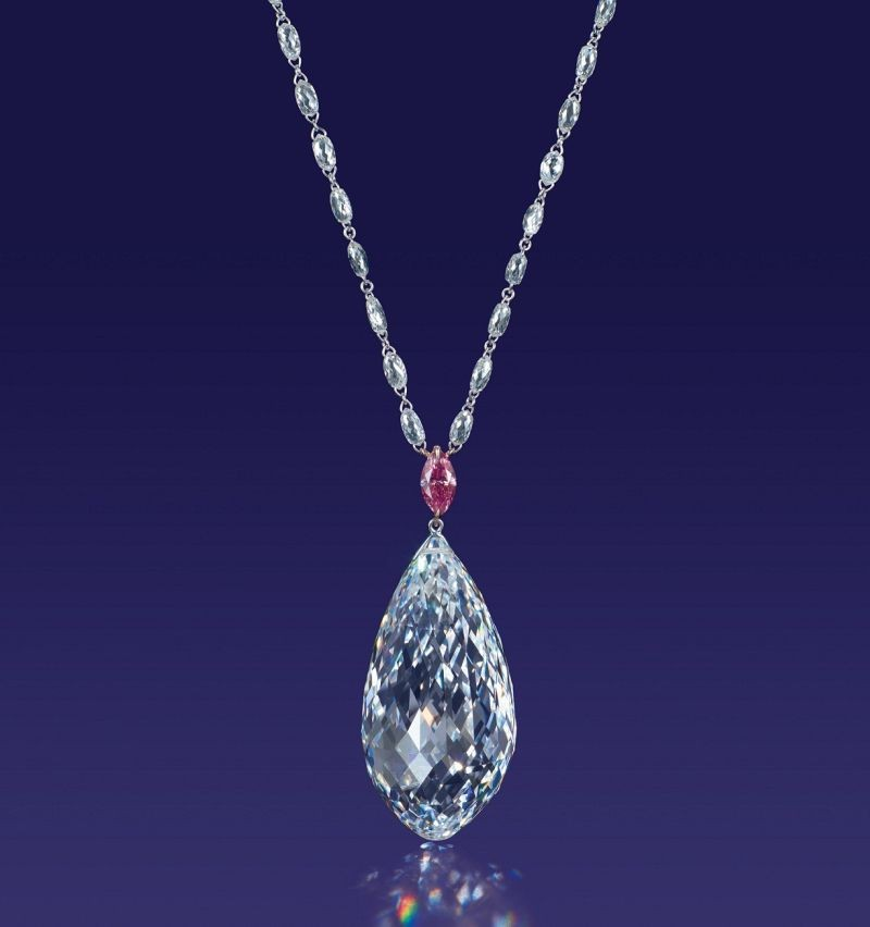 WTFSG_christies-hk-magnificent-jewels-spring-sale-sets-world-record_1