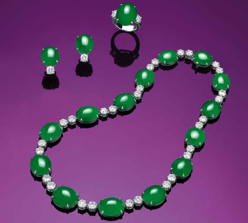 WTFSG_christies-hk-magnificent-jewels-spring-sale-sets-world-record_4