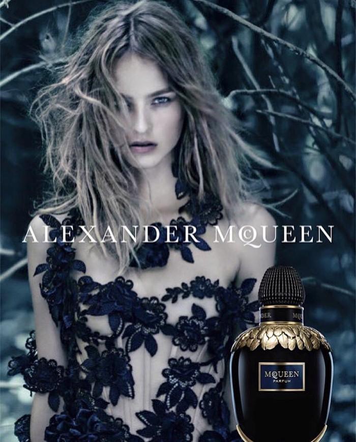 WTFSG_Alexander-McQueen-Parfum-Campaign_1