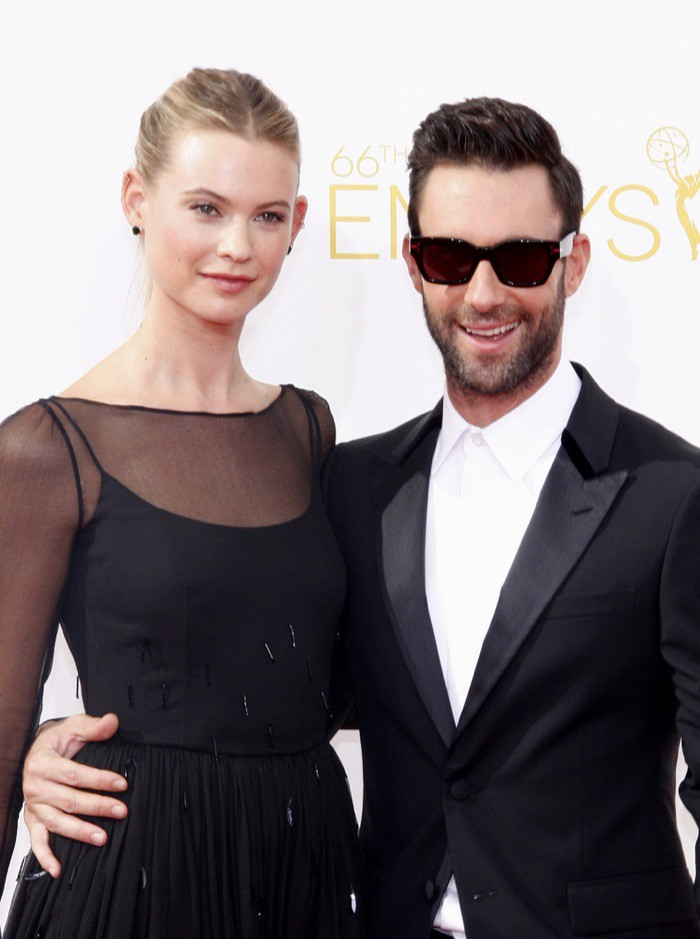 WTFSG_Behati-Prinsloo-Adam-Levine-Photo