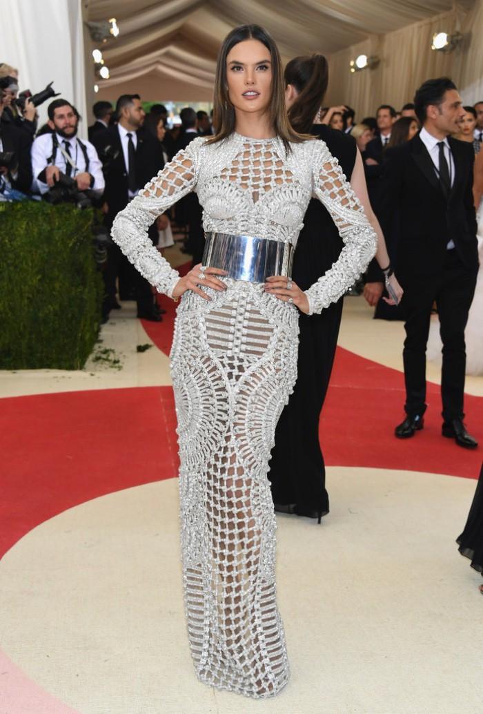 WTFSG_Alessandra-Ambrosio-2016-Met-Gala-Balmain-Dress