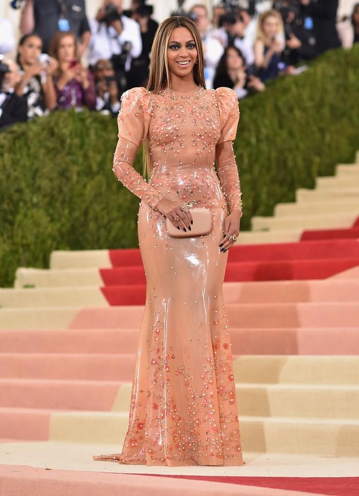 WTFSG_Beyonce-Met-Gala-2016-Dress