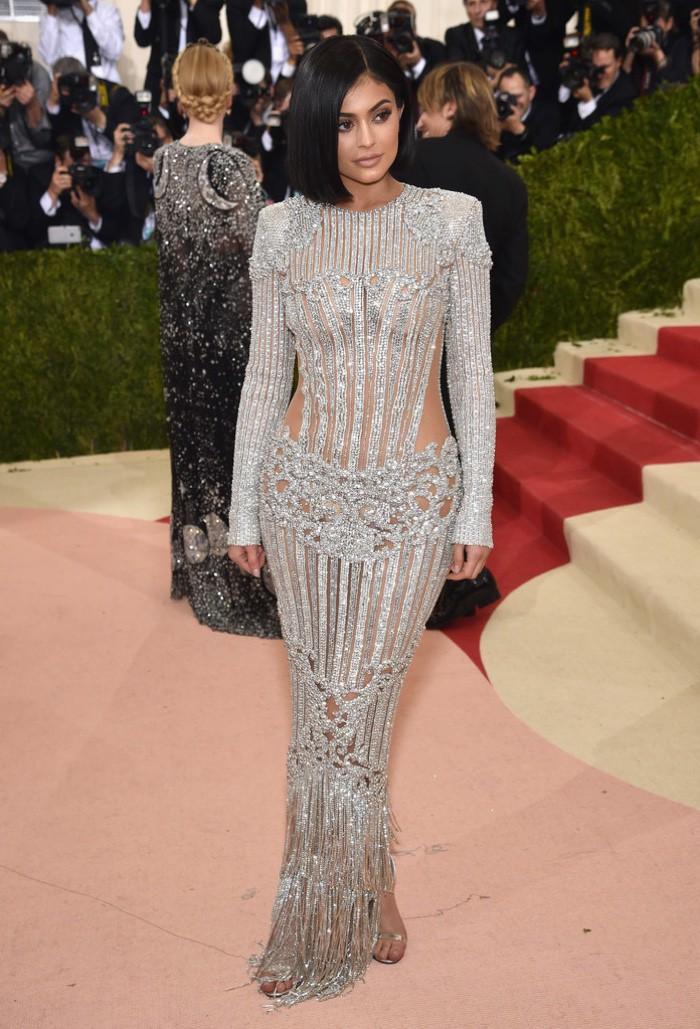 WTFSG_Kylie-Jenner-2016-Met-Gala-Balmain-Dress
