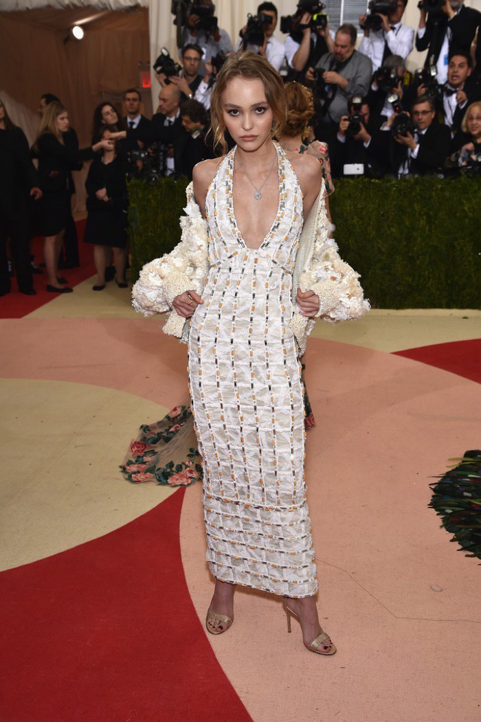 WTFSG_Lily-Rose-Depp-2016-Met-Gala-Chanel-Dress
