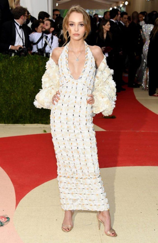 WTFSG_Lily-Rose-Depp-Chanel-Dress-2016-Met-Gala_1