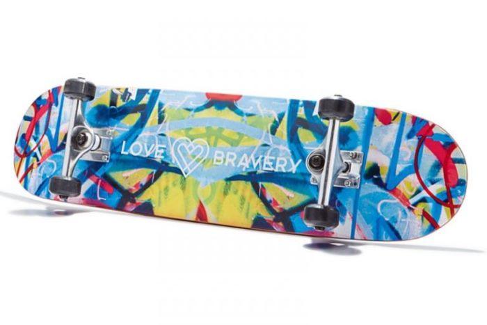 WTFSG_Love-Bravery-Skateboard