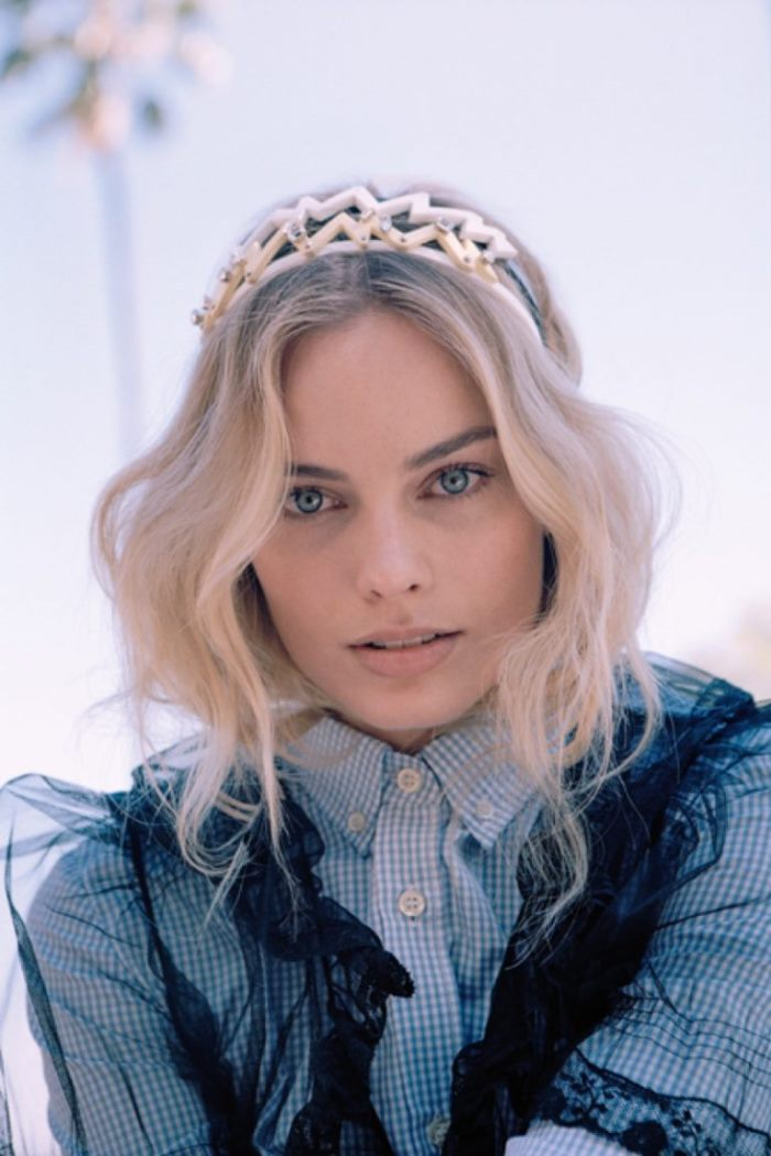 WTFSG_Margot-Robbie-Oyster-Magazine-2016-Cover-Photoshoot_4