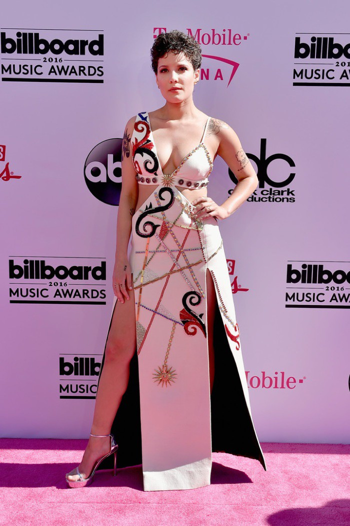 WTFSG_2016-billboard-music-awards-red-carpert-style_Halsey-Fausto-Puglisi