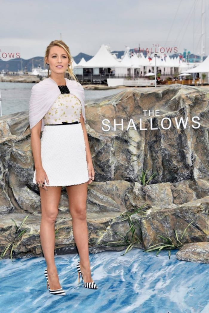 WTFSG_Blake-Lively-Shallows-Cannes-2016-Photocall-Giambattista-Valli-Dress_1
