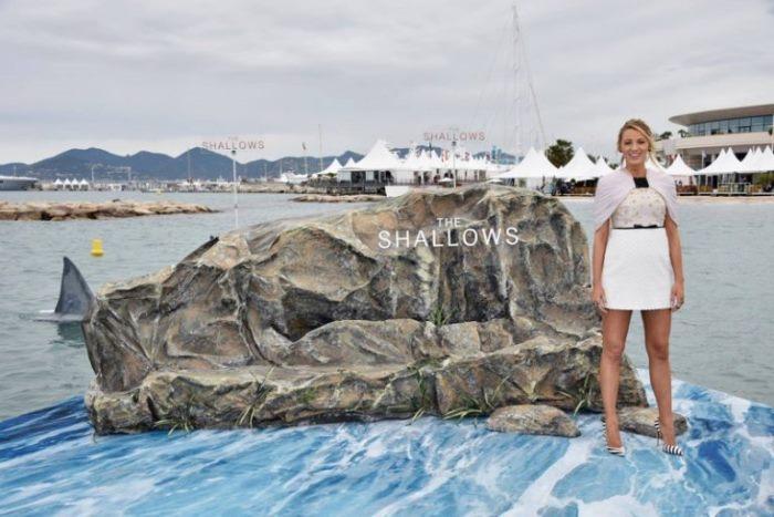 WTFSG_Blake-Lively-Shallows-Cannes-2016-Photocall-Giambattista-Valli-Dress_2