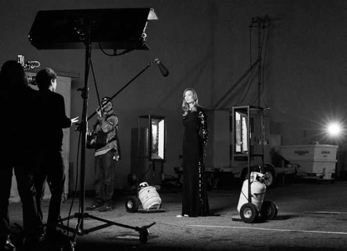 karlie-kloss-carolina-herrera-good-girl-bts2