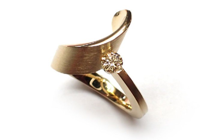 cardillac-diamond-ring-gold