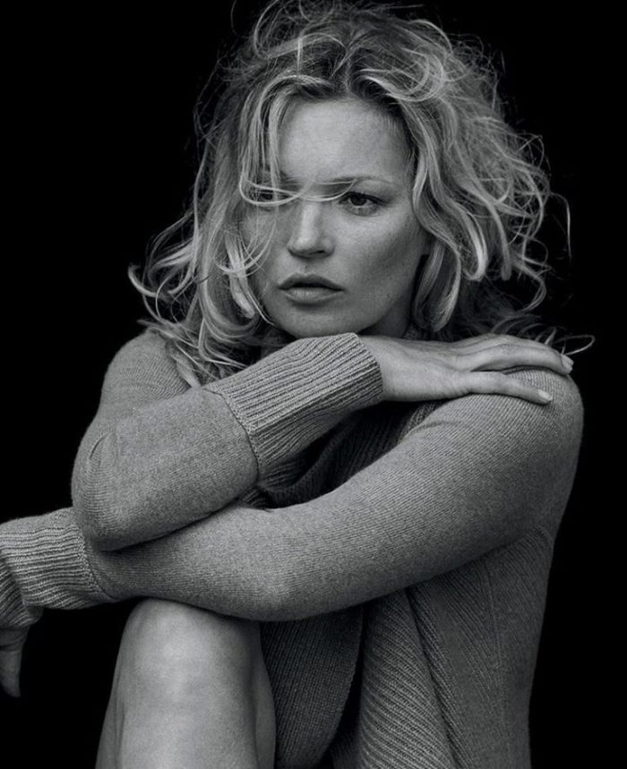 kate-moss-naked-cashmere-sweaters_14