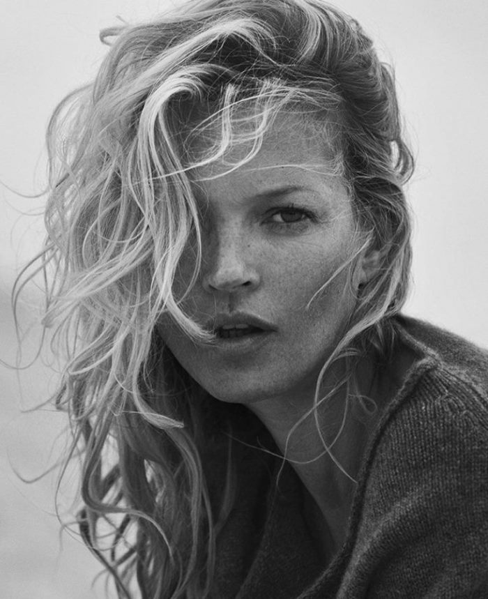 kate-moss-naked-cashmere-sweaters_3