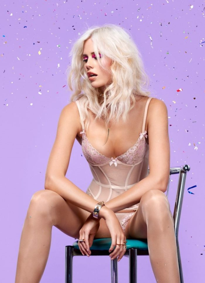 lagent-agent-provocateur-holiday-2016-lookbook_5