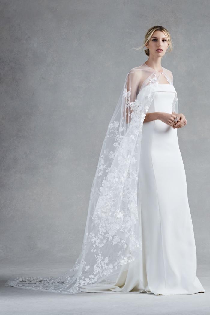 Oscar De La Rentas Fall 2017 Bridal Dresses Are Made For A Princess