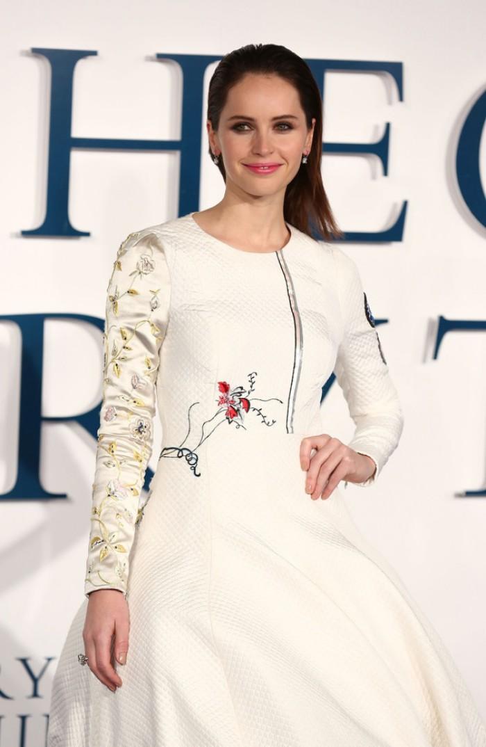 felicity-jones-dior-white-silk-dress_2