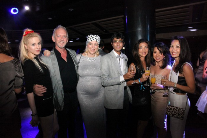 world-diamonds-christmas-party-ce-la-vi-singapore_10