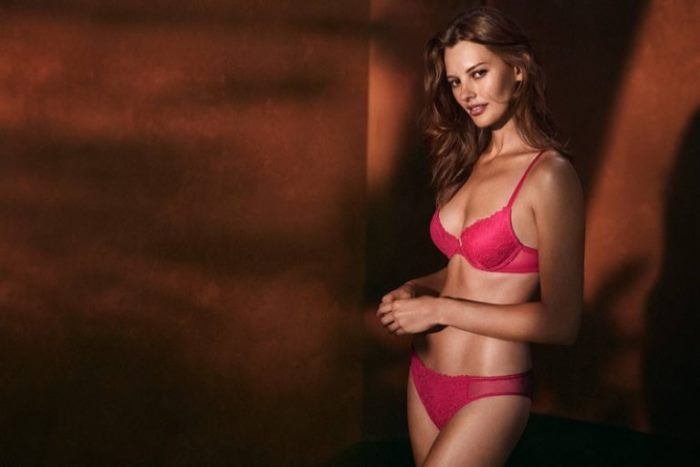 6 Lingerie Looks from H M That Are Perfect for Valentine s Day ... a34ecb9fa