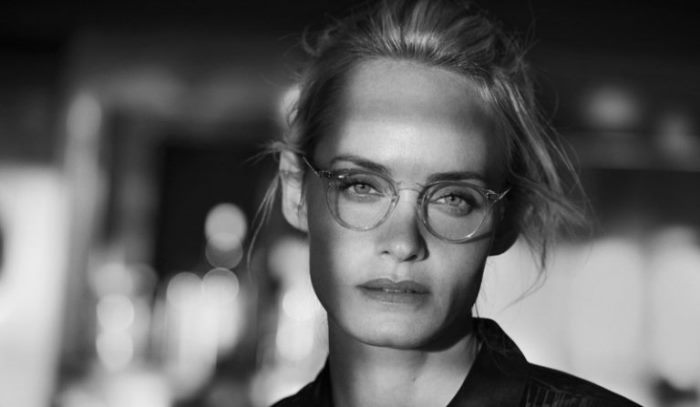 05f2d4b97dc Amber Valletta   Jac Jagaciak Star in Oliver Peoples  30th ...