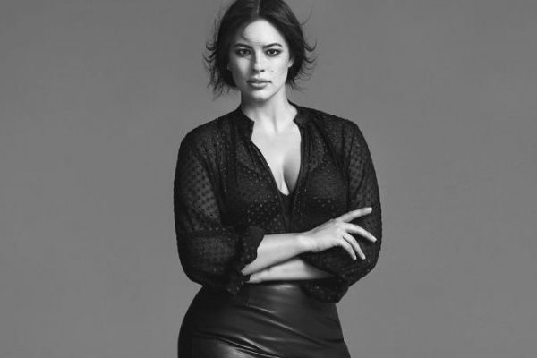 Ashley-Graham-Marina-Rinaldi-Fall-2017-Campaign - Wardrobe Trends ... 5fff85194