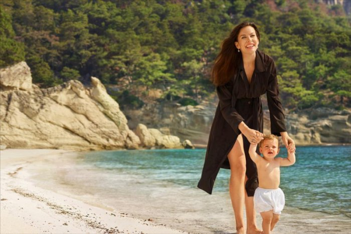 Liv Tyler Goes On A Dreamy Vacation Getaway In New