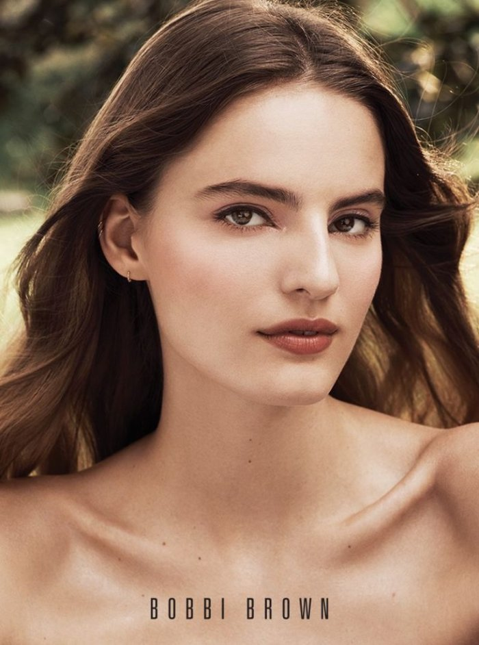 Bobbi Brown Features Soft Makeup Looks in Fall 2018 ...